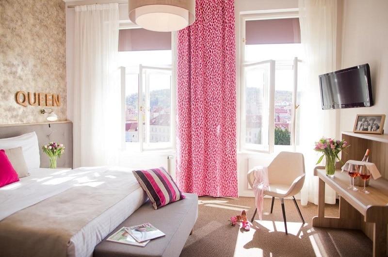 Accommodation 4